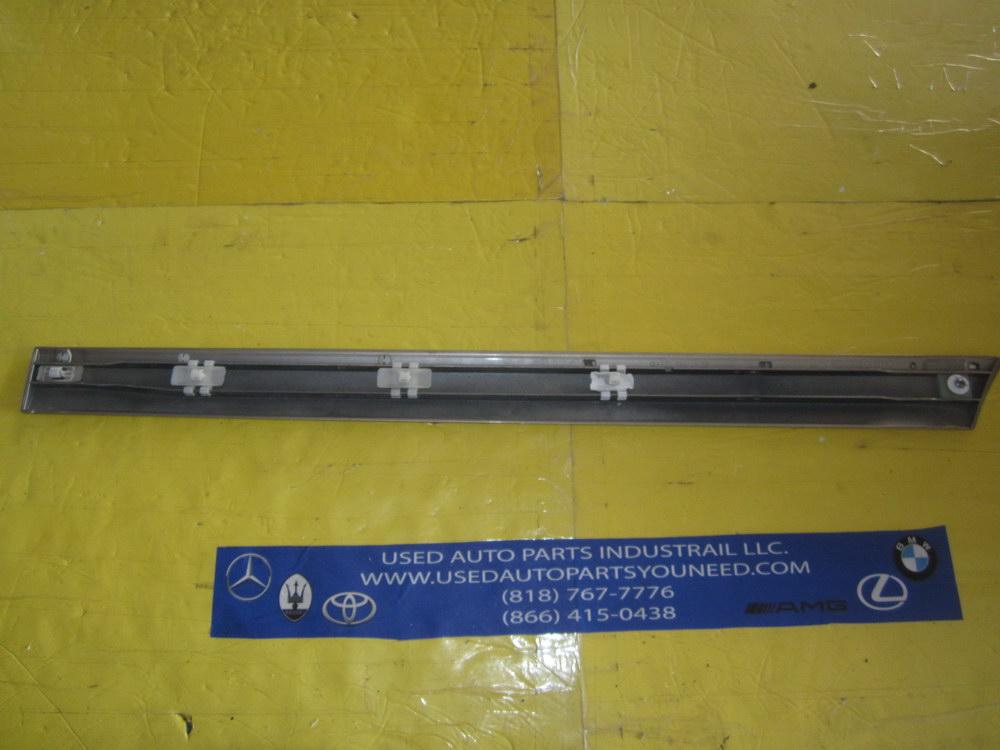 Mercedes benz door trim 2206901362 used auto parts for Used mercedes benz auto parts