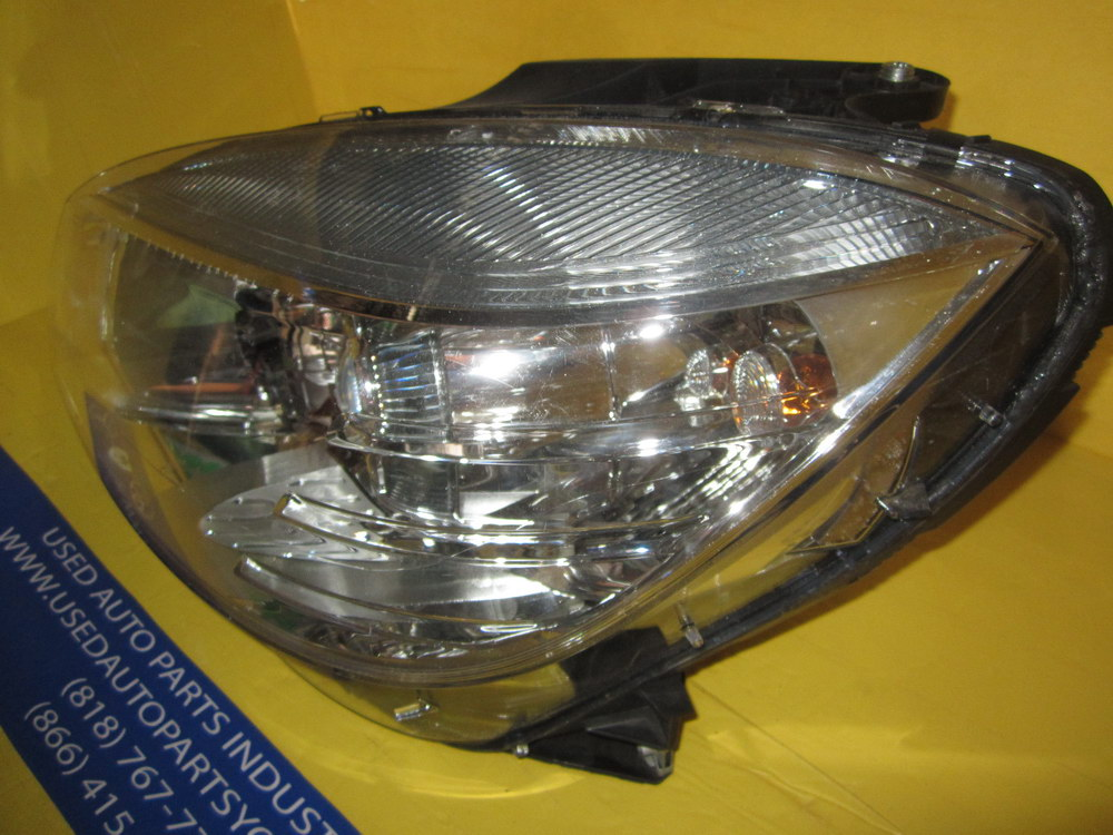 Mercedes benz c300 headlight halogen 2048208761 used for Used mercedes benz auto parts