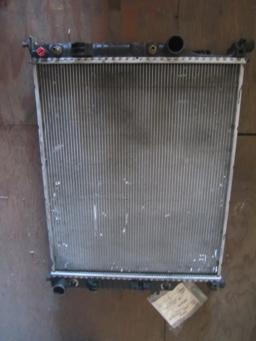 mercedes benz radiator a2515000603 used auto parts