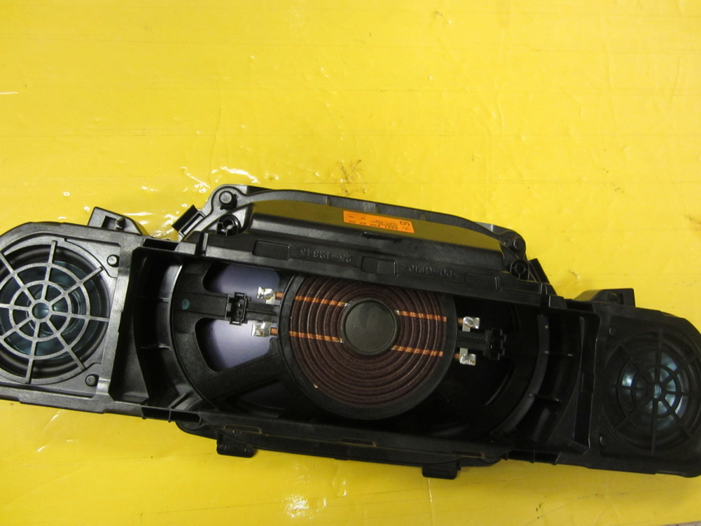 Mercedes benz speaker 2218205202 used auto parts for Used mercedes benz auto parts