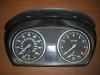 BMW - speedo cluster - 9242370