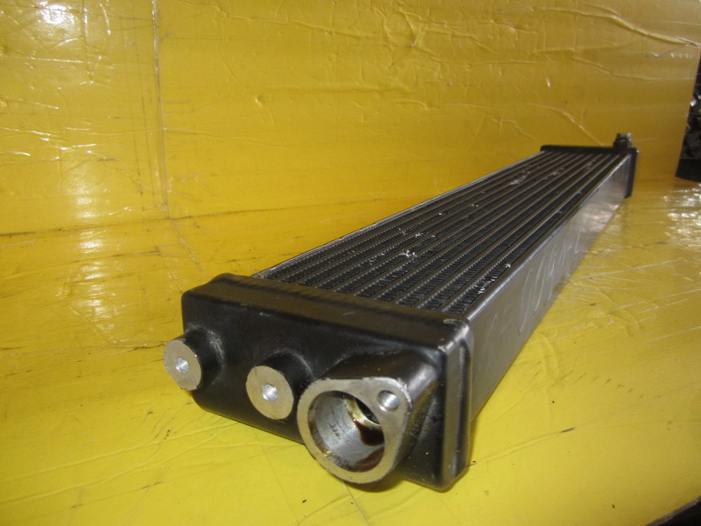 Mercedes benz oil cooler 2095000100 used auto parts for Mercedes benz cooler