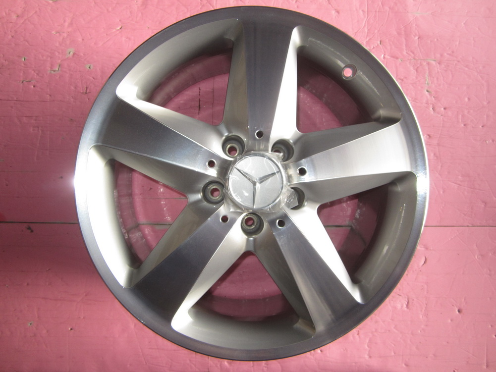 Mercedes benz alloy wheel 1714010602 used auto parts for Mercedes benz mag wheels