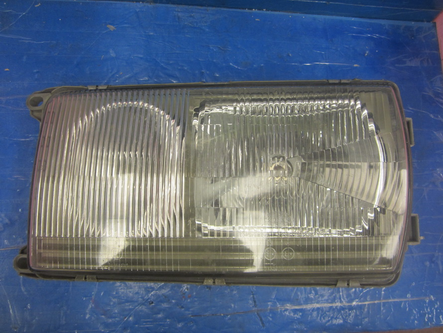 Mercedes benz headlight w123 123 body used auto parts for Mercedes benz used body parts